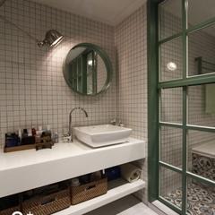 세면대 부분은 물이 젖지 않도록 함으로써 좀 더 편리하게 화장실을 이용할 수 있도록~
