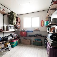작은 창고방의 변신! 캠핑을 즐기는 우리의 야심작.