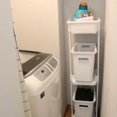이렇게 세탁실이 등장! ㅋㅋㅋㅋㅋㅋㅋㅋㅋㅋㅋ 드럼 두고 싶었는데, 드럼 놓으면 문 안 열려서 어쩔 수 없이 통돌이로 했네요 흑흑 이것도 나중에 임신해서 배 부르면 혹시 몸 안 들어갈까 싶어서 걱정이에요 ㅋㅋㅋㅋㅋ 배에 뭐 넣고 시뮬레이션도 해 봄 ㅋㅋㅋㅋㅋㅋㅋ