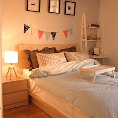 침실에 조명을 켜면 이런 은은한 모습으로 바뀝니다~^^