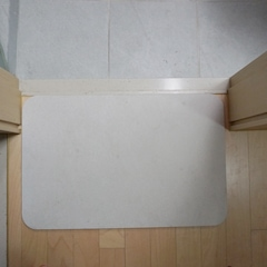 BEFORE 화장실 앞에 선물 받은 규조토 발매트를 깔았었는데 뭔가 허전했었거든요