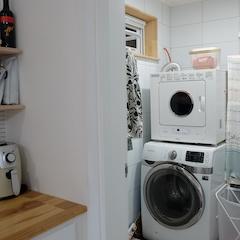 세탁실 이에요. 주방이랑 붙어있어 편해요~^^