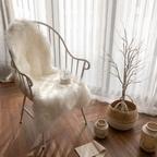 화이트 양털 양모 러그